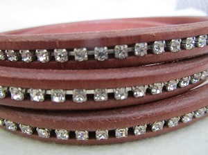 Regaliz Crystal-Brown ($2.00 per inch)