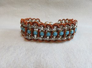 Rolo & Rhinestone cup chain with leather (single-turquoise)
